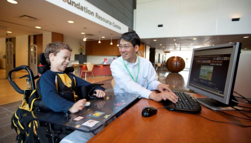 Tom Chau, VP Research, Director of the BRI, working with a participant